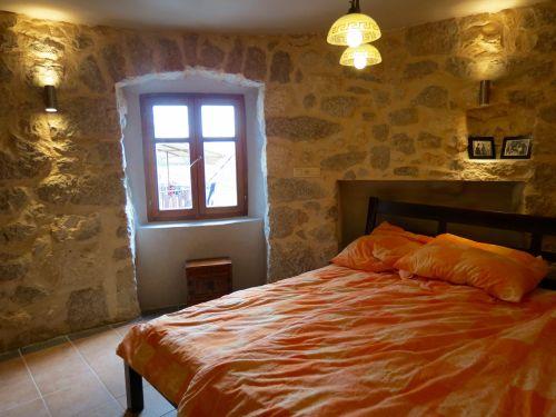 Mediterrane Steinwand Tapete : Schlafzimmer Steinwand Pictures to pin on Pinterest